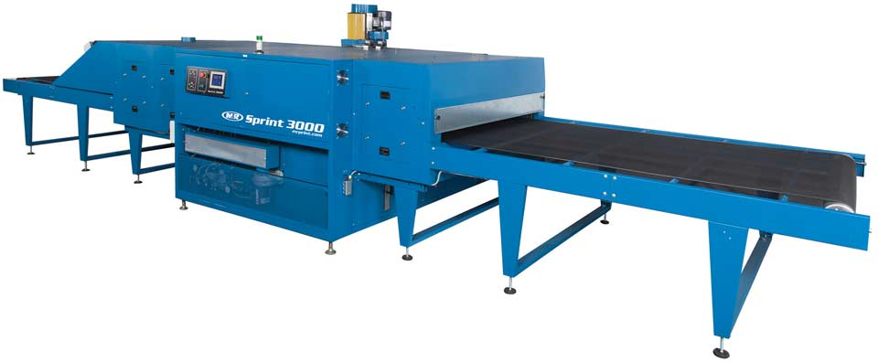 The Sprint 3000 conveyor dryer incorporates the DynaBelt and AccuSet controllers
