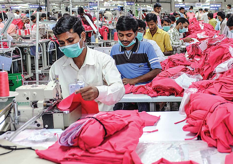 The new Fairtrade Textile Standard aims to improve textile workers' conditions, rights and wages