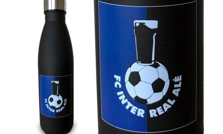 Personalised Vacuum Bottles by TheMagicTouch